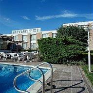 Valenciennes-Novotel-piscine.jpg