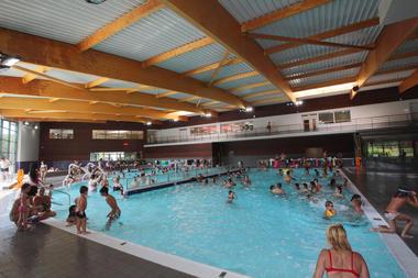Bassin intérieur du Centre Aquatique Agl'eau
