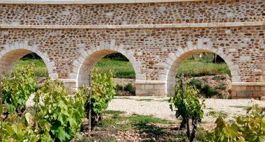 Aqueduc de Bellegarde 005.jpg