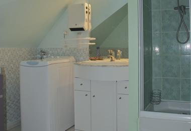 salle eau gite des grisettes vert - SIT.jpg