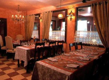 Restaurant Les Vignes Blanches.jpg