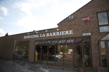 bowlinglabarriere-enseigne-mons.jpg