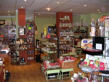 saveurs-et-decouvertes-salon-de-thé-valenciennes-boutique (2).jpg