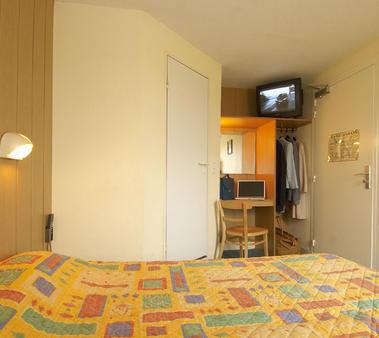 Fasthotel.jpg