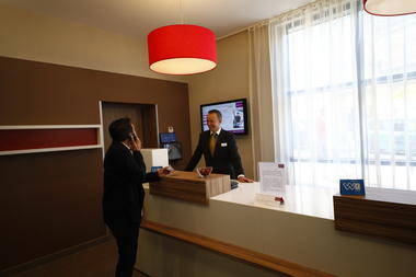 Valenciennes-Mercure-reception.JPG