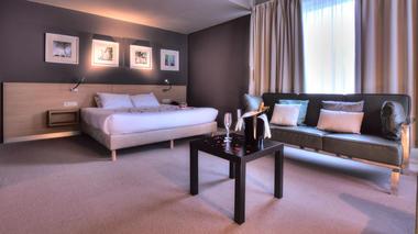 utopia-suite.jpg