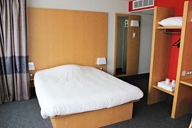 Hôtel B&B Bezannes ©Clément Richez pour l'Office de Tourisme de l'Agglomération de Reims (3).jpg