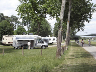 angersloirevalley-aire-camping-car-bouchemaine-3-254978