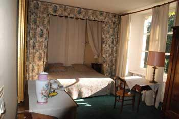 chambre-carolle-jau-chambre-hotes-terriere-destination-angers