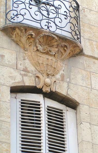 Détail balcon Hôtel de Ville