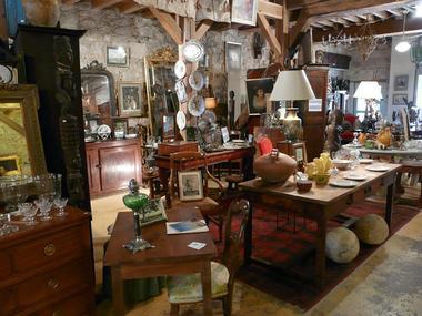 Collection Tourisme Gers/Hôtel Aubergade/Galerie Antiquité Brocante/R. Raigne