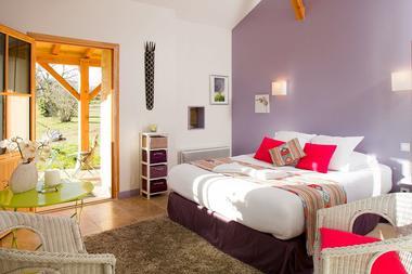 Chambre double confortable et spacieuse