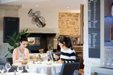 Collection Tourisme Gers/Hôtel La Ferme de Flaran/Valérie Servant