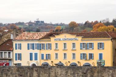 Hôtel avec vue sur la rivière Baïse