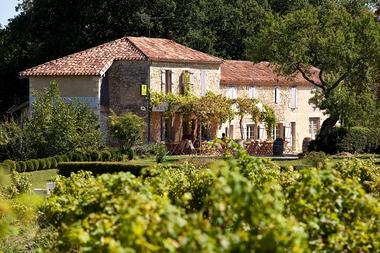 Collection Tourisme Gers/L'Auberge de Larressingle/Maxim Piétri