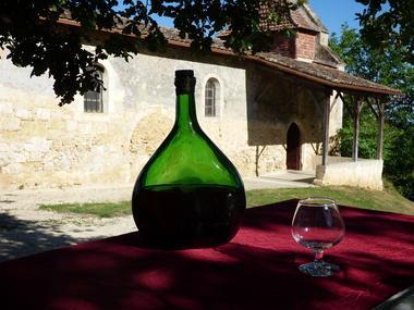 église de Lamothe à Cazeneuve au coeur du vignoble de l'Armagnac