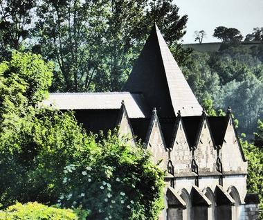 Eglise < Brissay Choigny < Aisne