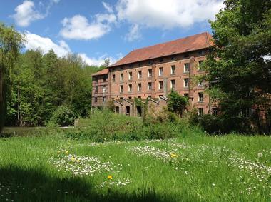 Moulin de Lucy < Ribemont