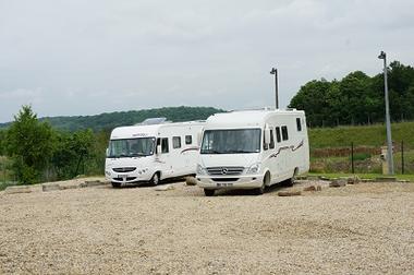 Aire d'accueil de Zaza parking < Chavignon < Aisne < Picardie