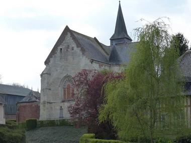 Eglise fortifiée < Burelles < Aisne < Picardie