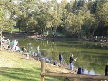 Bleu Nature Attitude pêche < Pontavert < Aisne < Picardie