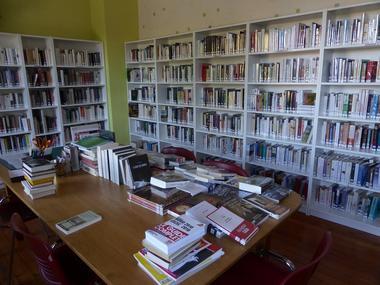 Bibliothèque, Brissay-Choigny