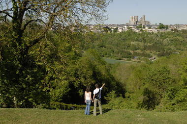 Cuve St-Vincent vue Rue Maréchal Juin < Laon < Aisne < Picardie