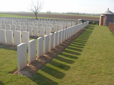 Cimetière britannique de Prémont < Guerre 14-18 < WWI < Prémont < Aisne < Picardie < France
