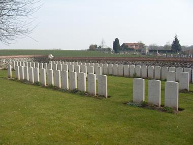 Extension du cimetiere communal d'Hargicourt < Guerre 14-18 < WWI < Hargicourt < Aisne < Picardie < France