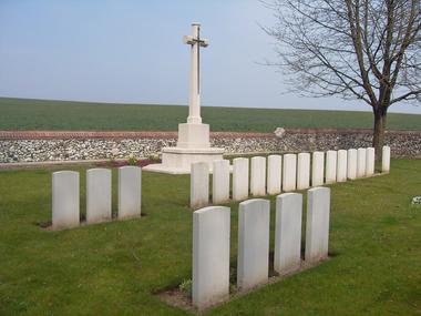Extension du cimetière communal d'Hargicourt < Guerre 14-18 < WWI < Hargicourt < Aisne < Picardie < France