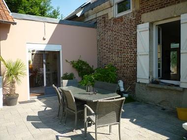 Chambre de Fontenoy Terrasse < Fontenoy < Aisne < Picardie
