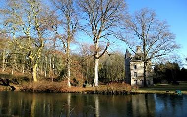 Château des Fossés < Haramont < Aisne < Picardie