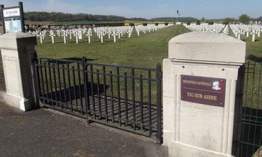 Cimetiere militaine Vic sur Aisne © OT Villers-Cotterets (2)