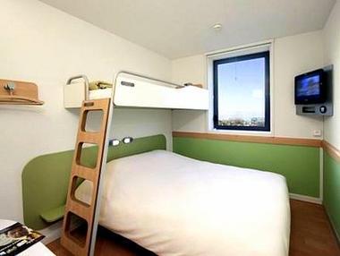 Etap Hotel Centre chambre 3 < Saint-Quentin < Aisne < Picardie