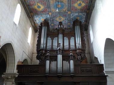Eglise fortifiée < Aubenton < Aisne < Picardie