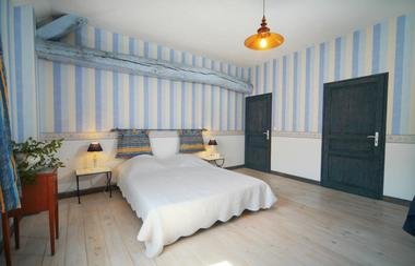 MARIGNY-EN-ORXOIS Chambres de Marigny-en-Orxois