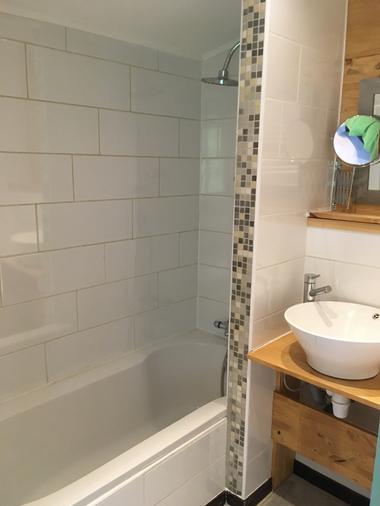 Chambre 'Surmelin' salle de bain