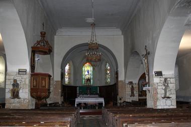 Intérieur de l'église fortifiée de Plomion < Thiérache < Aisne < Picardie