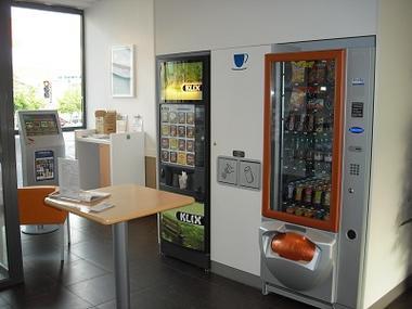 Ibis budget distributeurs < Saint Quentin < Aisne < Picardie