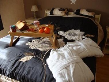 Le refuge des anges chambre petitdej < Presles et Thierny < Aisne < Picardie