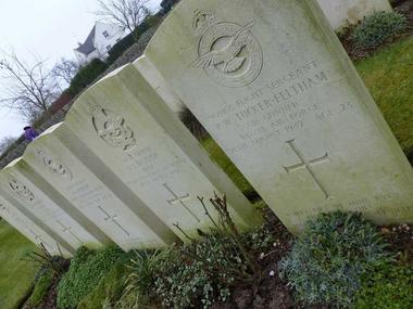 Cimetière britannique < Montcornet < Aisne < Picardie