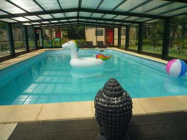 piscine chauffée accessible du 31 mars au 1er novembre selon températures ext.