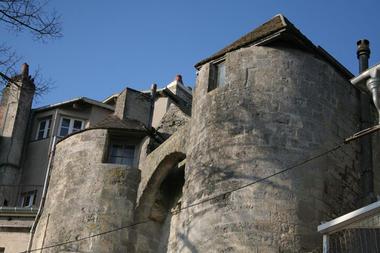 Porte des Chenizelles I < Laon < Aisne < Picardie