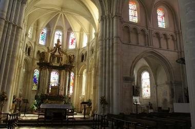 Collégiale < Rozoy-sur-Serre < Aisne < Picardie