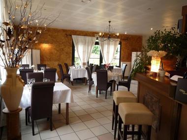 Restaurant La Renaissance 2015 I < Merlieux-et-Fouquerolles < Aisne < Picardie