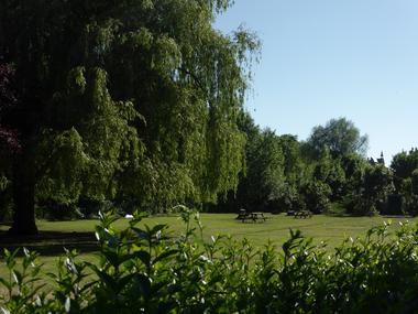 Avenue du stade < Vendeuil < Aisne