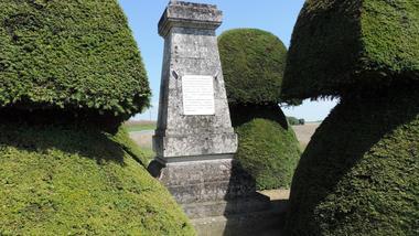 monument de l'offensive dommiers st pierre aigle (2)