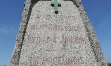 monument de ressons le long première guerre mondiale (1)
