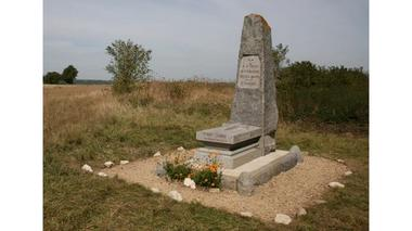 monument de ressons le long première guerre mondiale (4)