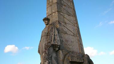 Monument des Basques 2015 I < Craonnelle < Aisne < Picardie